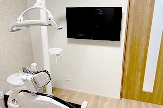 個室診療室のモニター
